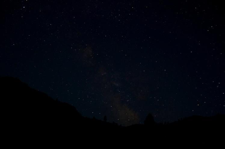 http://theperpetualvagabond.files.wordpress.com/2012/07/night-sky-5.jpg